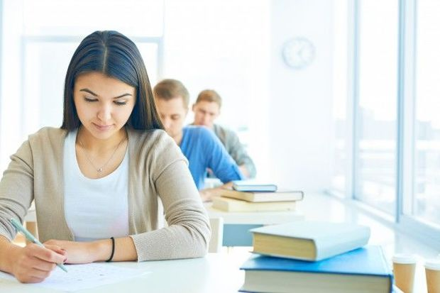 Малейка Аббасзаде: Выпускники будут сдавать экзамены в своих школах