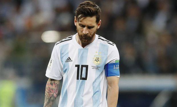 Messi zədə aldı - Millinin oyununa qatılmayacaq